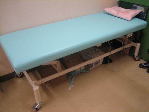 電動式昇降ベッド
