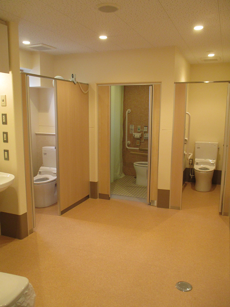 2・3階 男女トイレ
