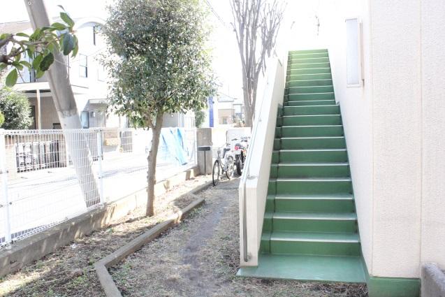非常用階段・滑り台